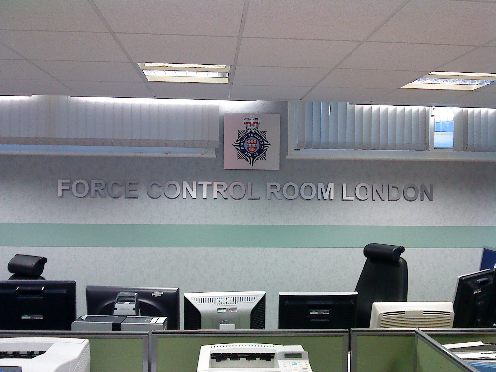 E Signs ® Feature in the British Transport Police signs www.e-signs.co.uk