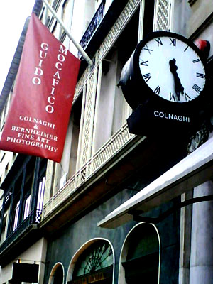 Internal Signs Illuminated Fascia Colnaghi Art Gallery London E Signs ® Banner www.e-signs.co.uk